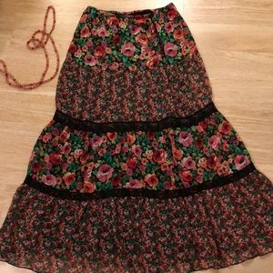 Dresses & Skirts - WILD CHILD 4 tier Rosy gypsy bohemian skirt small